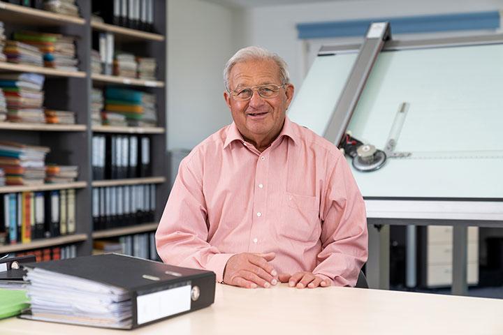 GERHARD KAISER Bautechniker mit Bauvorlagenberechtigung (Rentner in TZ)
